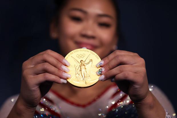 Фото №1 - Маникюр олимпийских чемпионок: 7 ярких идей