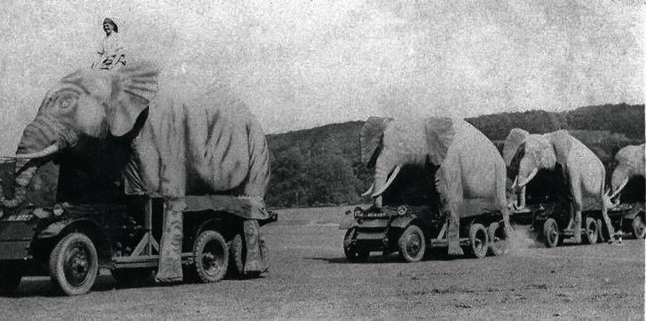 Маскировка бронемашин «Ланчестер», Индия, 1942г.