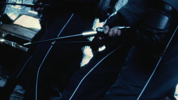 Фото №7 - 9 cамых нелепых видов оружия в боевиках