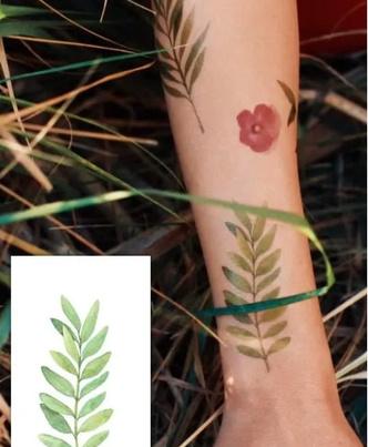 Фото №7 - 5 самых модных переводных татуировок этого лета для детей