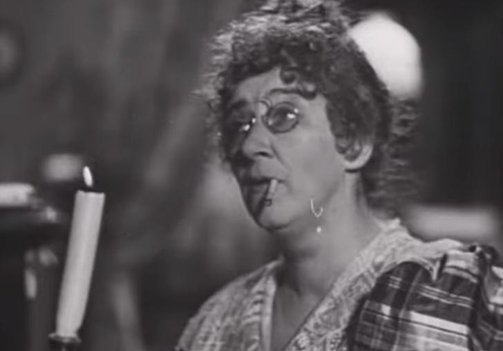 Фото №1 - Редкая запись: Фаина Раневская поет по-английски в шпионской пьесе 1950 года