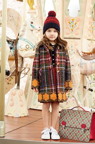 Фото №19 - Золотая карусель: лукбук осенне-зимней детской коллекции Gucci 2016/17