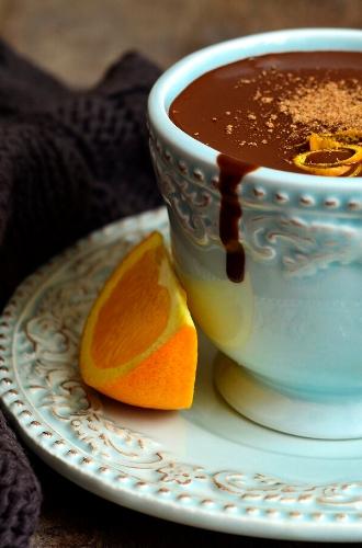 Фото №2 - Карамель, ваниль, горячий шоколад: 8 сладких парфюмов, перед которыми не устоять