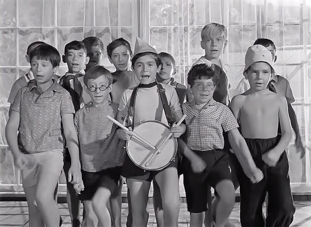 Фото №2 - 10 советских фильмов, которые надо показать иностранцу или пришельцу