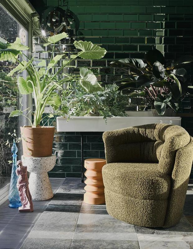 Фото №1 - Уютный уголок у окна: 8 креативных решений