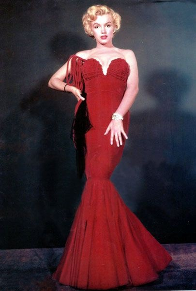 Фото №3 - Крошка-картошка: история самого странного наряда Мэрилин Монро