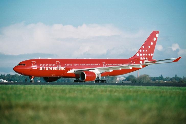 Фото №1 - Цвета в небе: зачем, как и в какие цвета красят самолеты