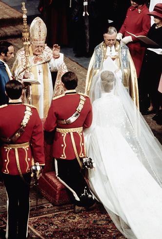 Фото №20 - Первая свадьба принцессы Анны: как выходила замуж дочь Елизаветы II