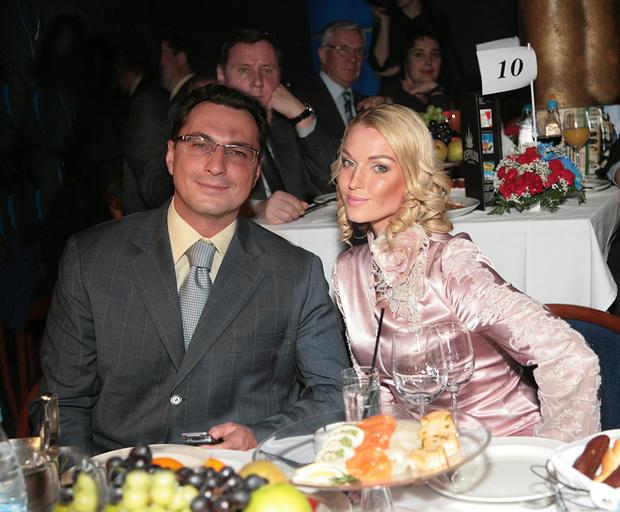 Фото №1 - «Свадьба альфонса»: Волочкова эмоционально отреагировала на новость о помолвке бывшего мужа