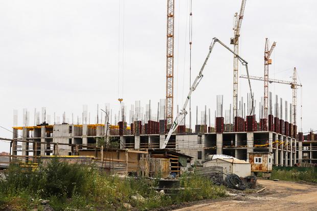 Фото №1 - Более половины многоквартирного жилья строят в 10 городах России