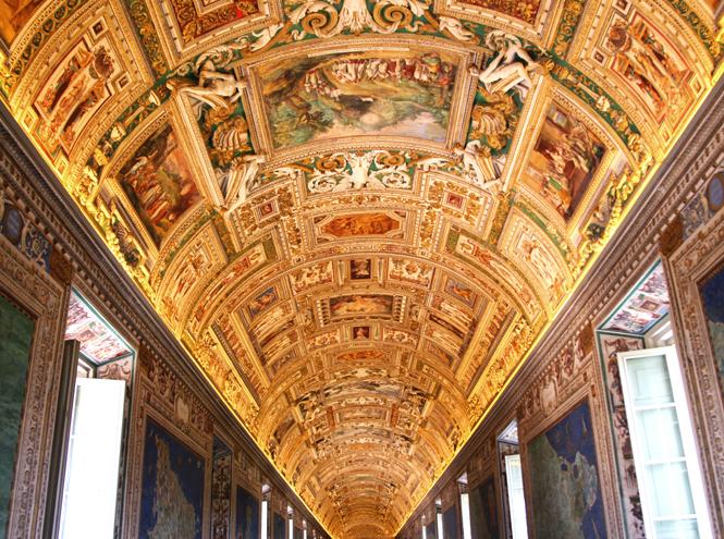 Фото №1 - Выставка шедевров Музеев Ватикана в Третьяковской галерее