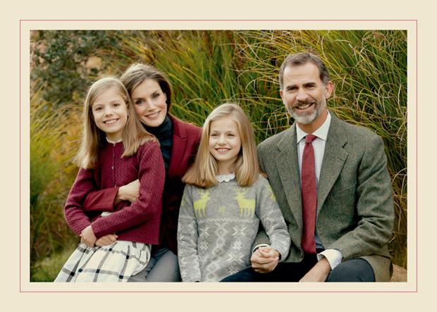 Фото №10 - Самые трогательные рождественские королевские открытки прошлых лет