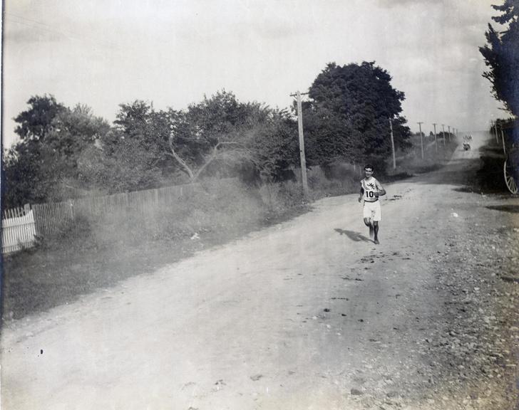 Фото №5 - Олимпийский марафон 1904 года: комедия абсурда и сюжет для Тарантино