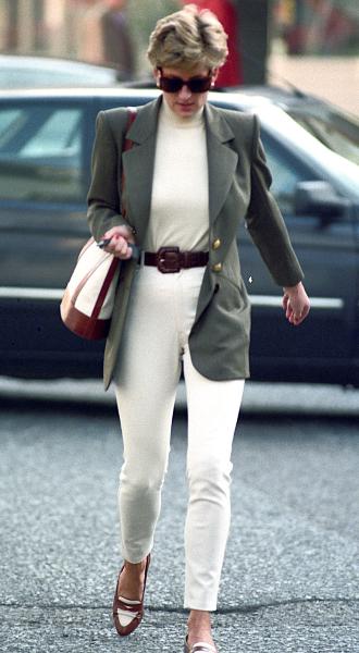 Фото №7 - Принцесса в джинсах: как Диана носила деним