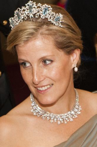 Фото №10 - Какие украшения из королевской коллекции могут заимствовать представительницы БКС