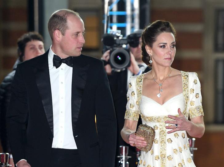 Фото №3 - Почему герцогиня Кейт не носит свое помолвочное кольцо