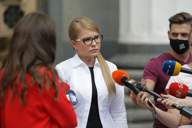 Фото №2 - 59-летнюю Юлию Тимошенко подключили к аппарату ИВЛ