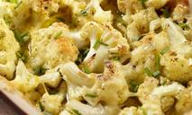 Запеканка из цветной капусты с сыром и специями