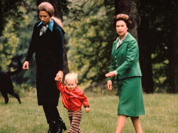 Фото №26 - Королева Елизавета II: история в фотографиях