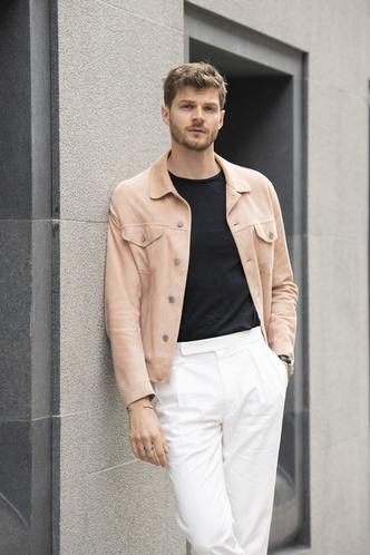 Фото №4 - Снимите немедленно: главные антитренды мужского гардероба