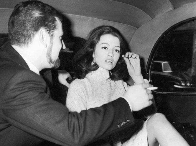Фото №14 - Британский министр, танцовщица и советский шпион: история самого громкого секс-скандала XX века