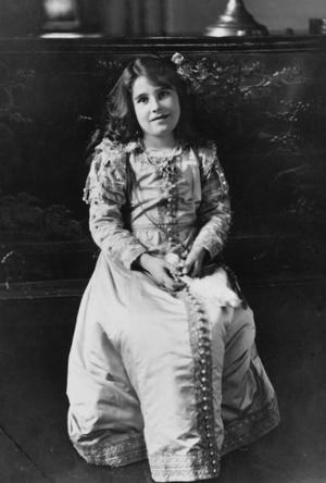 Фото №5 - На кого все больше становится похожа принцесса Шарлотта (это вовсе не Елизавета II)