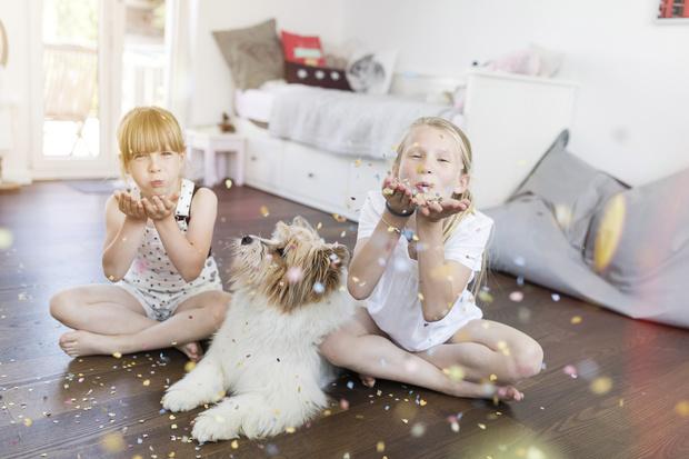 Фото №2 - «Я некрасивая»: как комплексы из детства ломают всю взрослую жизнь