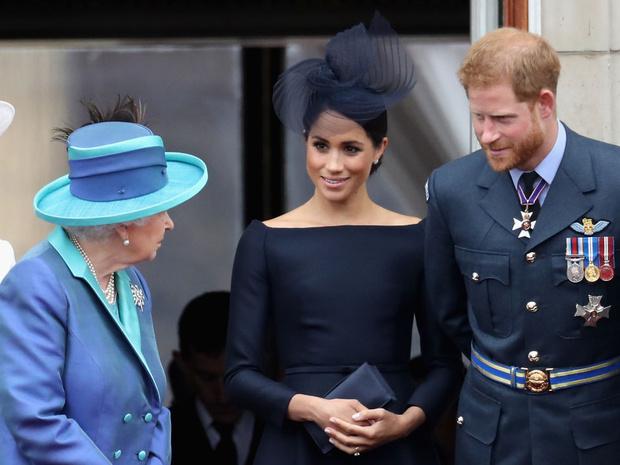 Фото №4 - Вражда или перемирие: как этот год повлиял на отношения Сассекских с королевской семьей