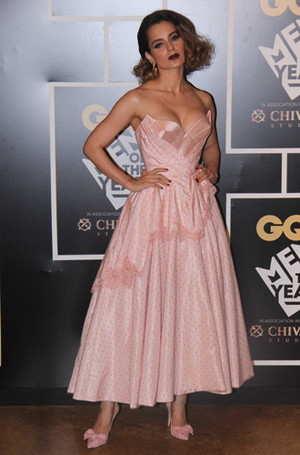 Фото №20 - Голливуд, подвинься: 7 потрясающих звезд индийского кино