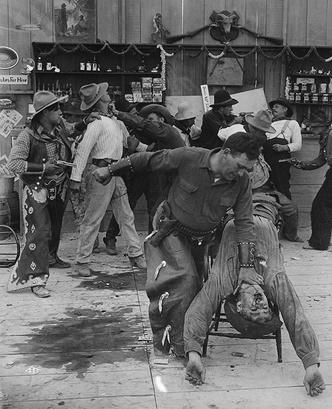 Кадр из фильма 1910–1920 гг.