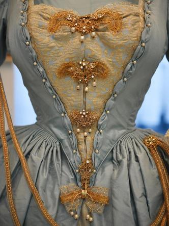 Фото №3 - Сказочная принцесса: неизвестная история самого великолепного платья Маргарет