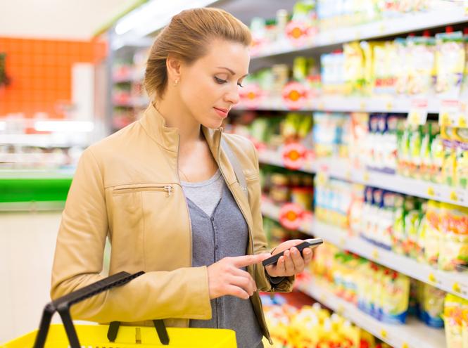 Фото №2 - Почему лучше отказаться от смартфона во время шопинга