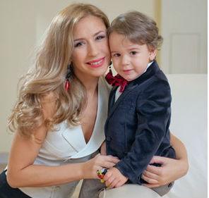 Фото №1 - 10 советов от звездных родителей по воспитанию детей