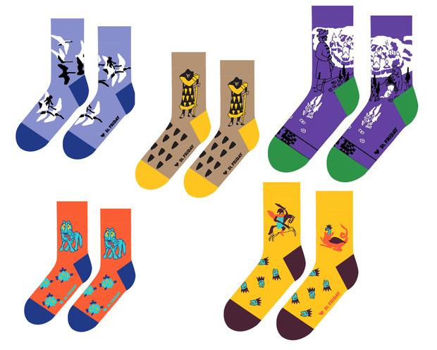 Фото №4 - Что купить: сказочно модные носки, которые согреют тебя в холода