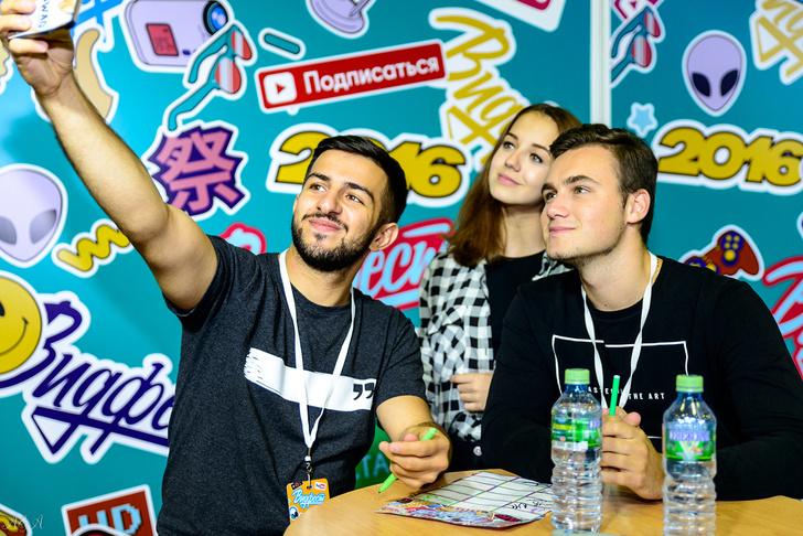 Фото №1 - А ты уже купила билеты на третий национальный фестиваль видеоблогеров «Видфест»?