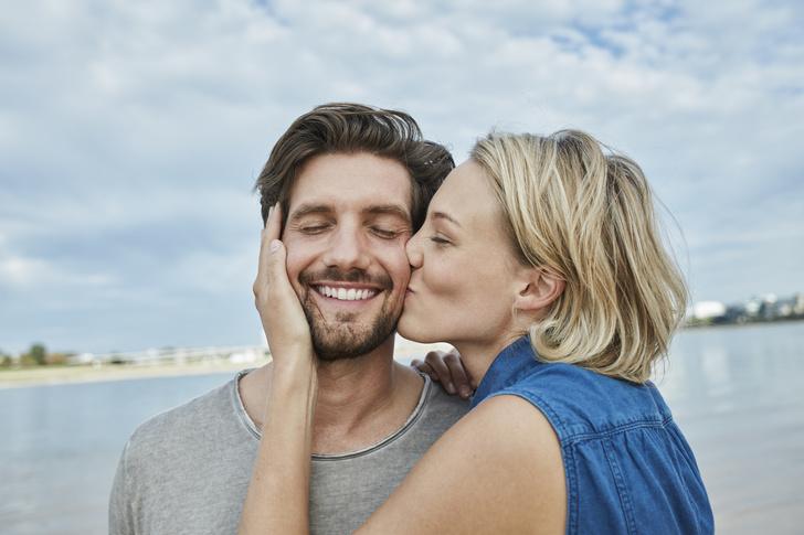 Фото №1 - Ученые объяснили, почему люди целуются с закрытыми глазами