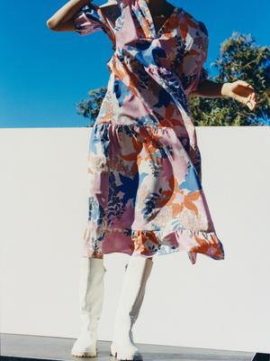 Фото №3 - Пастель, кожа и неон: 20 самых модных вещей из весенней коллекции Reserved