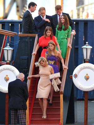Фото №17 - Плавучий дворец Елизаветы: как выглядела любимая яхта Королевы (и как она проводила там время)