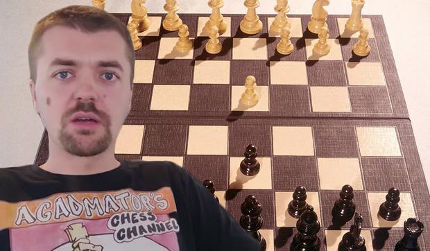 Фото №1 - Youtube удалил видео шахматиста, в котором он использовал слова «черный» и «белый»