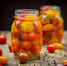 Солим и маринуем помидоры: лучшие и оригинальные рецепты