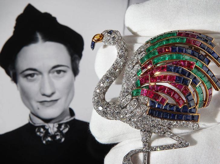 Фото №3 - Королевский размах: самые роскошные украшения Уоллис Симпсон