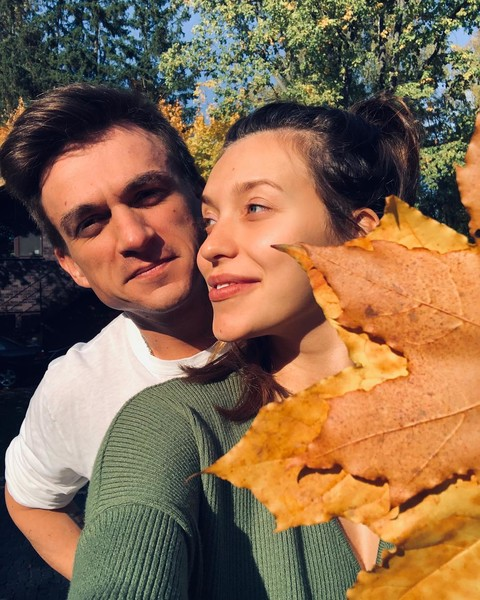 Фото №5 - Звездные любовные союзы, которые нам подарил 2018 год