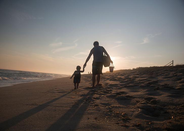 Фото №1 - Отцы по-разному заботятся о младенцах разного пола