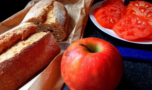 Фото №1 - Петербургский академик назвал самые «умные» продукты