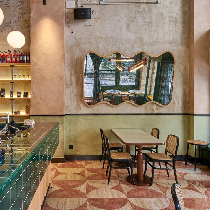 Фото №1 - Итальянская кофейня в Гонконге