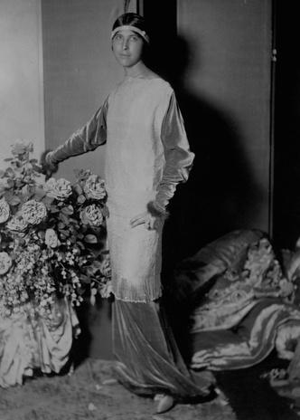Фото №9 - Король стиля: как Поль Пуаре придумал «хромые юбки», освободил женщин от корсетов и заново изобрел моду