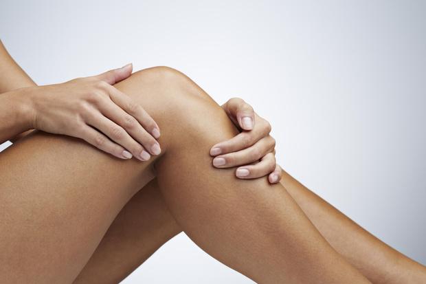 Фото №1 - Болят колени: что делать и где искать причины