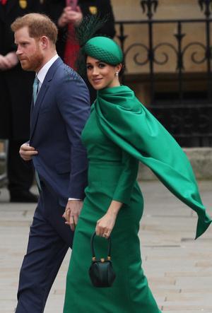 Фото №20 - Их модные Высочества: лучшие парные образы Меган и Гарри