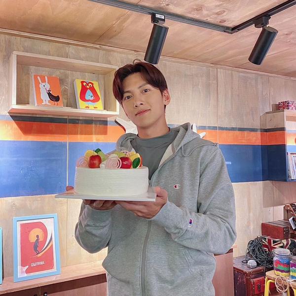 Фото №2 - Актер Чжи Чан Ук откровенно рассказал о своих комплексах и неудачах в любви