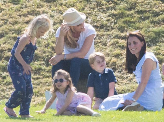 Фото №5 - Копия прабабушки: Шарлотта все больше похожа на Королеву